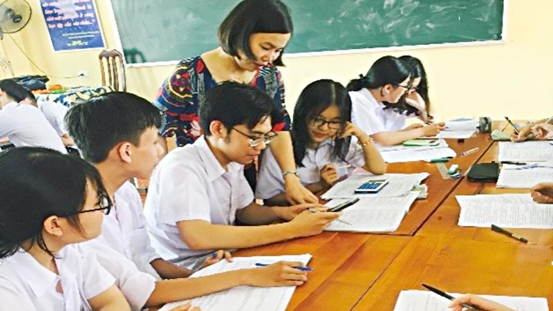 Phát triển giáo dục Nhà trường phổ thông: Nâng cao năng lực của học sinh