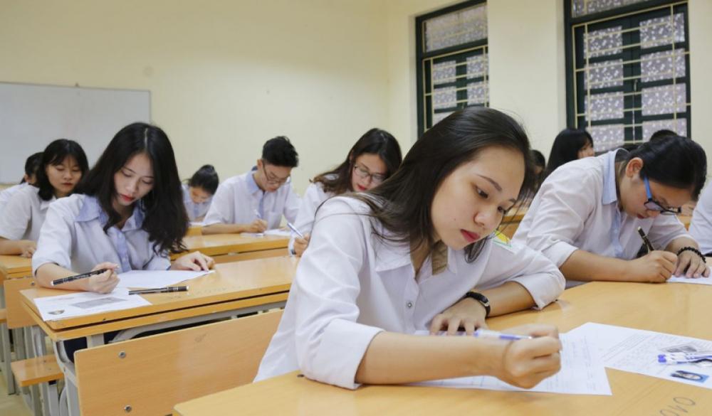 """GS Hoàng Xuân Sính: """"Bằng tốt nghiệp THPT của Việt Nam bị nhiều quốc gia đánh giá thấp"""""""